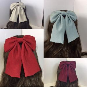卒業式の髪飾り、人気の色合わせ