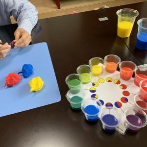 色彩知育教室、親である私のため…が半分以上かも
