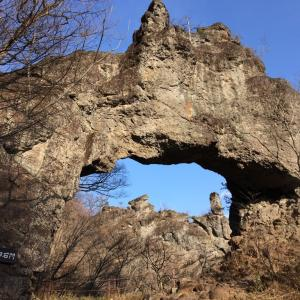 奇岩城 第四石門を通る