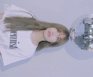 ヒョソン:3年6か月ぶりのソロ新曲「Starlight」MVキャプチャ②