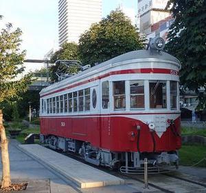 長良川鉄道、駅舎と清流の旅①前乗りの岐阜駅前で39年ぶりの再会
