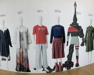 半日じゃ見切れない!?ものすごいボリューム!! ファッション イン ジャパン 1945-2020—流行と社会