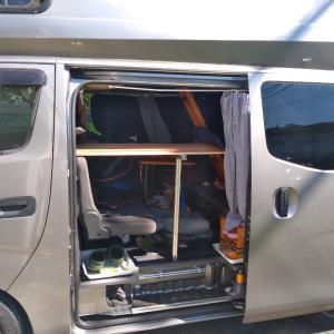 車中泊3段ベッド?