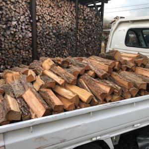 朝7時の選木薪35cm納品 ありがとうございました。