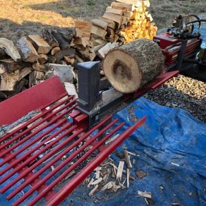 【割ります】選木玉(35cm)を割る