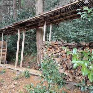 【自宅用乾燥薪】やばい、山の自宅用乾燥薪が底を尽きた
