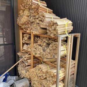 【薪束づくり】時間ができたら薪を縛る