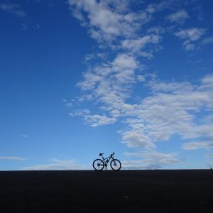どこまで行っても平行線…〔早朝自転車散歩37〕