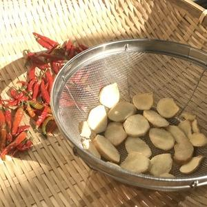 自家製の乾燥生姜(乾姜:カンショウ)