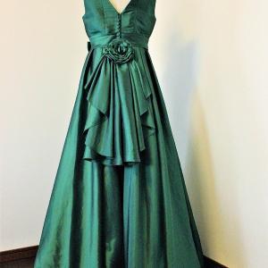 中学生のドレス制作例