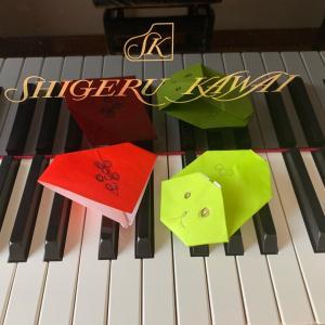 初めて黒い鍵盤を弾く♪ (船橋市・ピアノ教室)