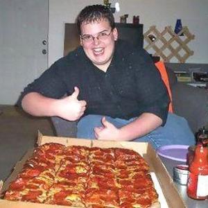 1人だひゃっほーいってmピザ3枚頼んだ結果www