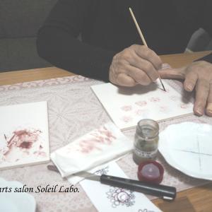 【レッスン風景】ローズの練習継続中…♡ポーセラーツ絵具で描くヨーロピアンチャイナ