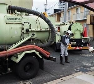 梅雨入り前の排水路掃除