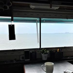 コロナの気晴らしは近くの海でのんびり