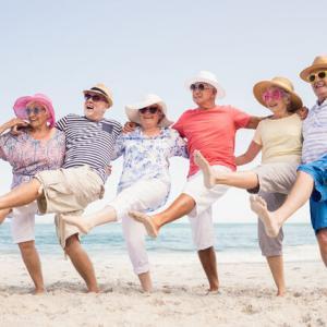 【老後】高齢者、30年前に比べて心身ともにパワーアップしていた!健康寿命の増加でますます重要となるマネー。