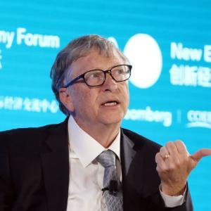 【衝撃】株価大暴落再来か!?ビルゲイツ「この半年間に新型コロナの悪いニュースが世界を待っている」