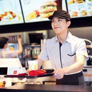 【絶望】仕事が終わった後にマクドナルドで働くYさんがあまりにもヤバすぎる…