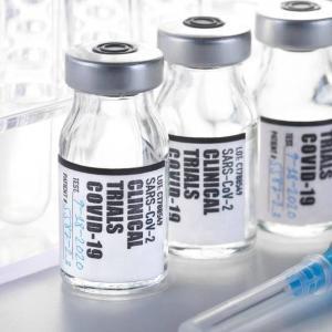 【マジかよ】「ワクチン接種後に最もやりたいこと」 → 日本人さんの1位がヤバすぎる😅