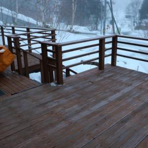 「静かな祇園」が復活した京都、観光客26%減の「さっぽろ雪まつり」