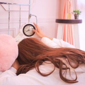 4歳児の起床時間が朝5時というのはいかがなものか…?