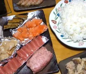 【外出自粛めし半額見切り品】本マグロ中トロも含め8種のネタを1人頭1食500円で手巻き寿司~外食しない分家めしを少し豪華に