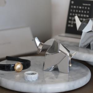 美しい金属製の指輪収納!umbra オリガミリングホルダーは飾るだけでも素敵【レビュー】