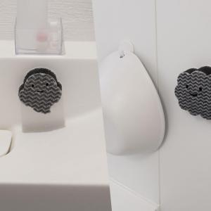 【レビュー】ロハコで買えるペタッ!と貼り付くスポンジが便利!お風呂用とミニサイズがあります