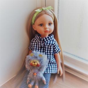 パオラレイナというお人形。
