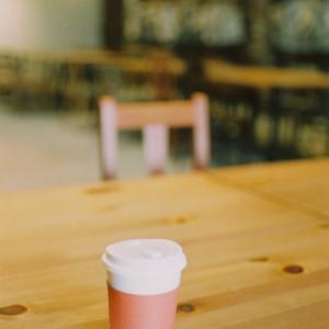 2台のベスパでカフェへ