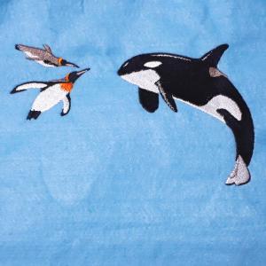 シャチとペンギンの刺繍