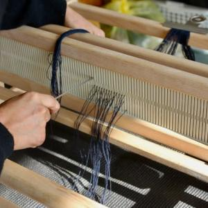 織機カランコで織物の勉強中です