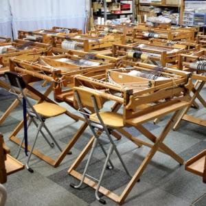 小学生の手織り教室