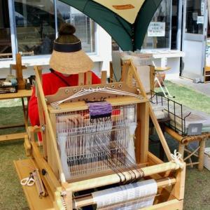 手紡ぎから手織まで体験したいんです