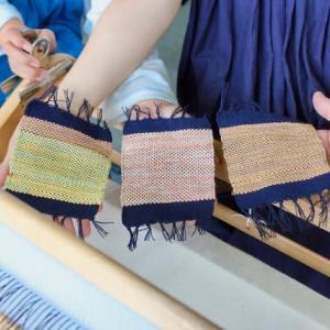 手織りで楽しいひと時を体験しました