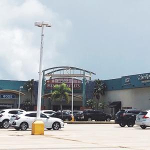 グアムの朝刊(2020.9.22):COVID-19制限の中でノンエッセンシャル商品の車寄せ販売が始まる