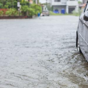 グアムの朝刊(2020.8.31):グアム政府観光局はタモンの洪水に対処する支援を求めている