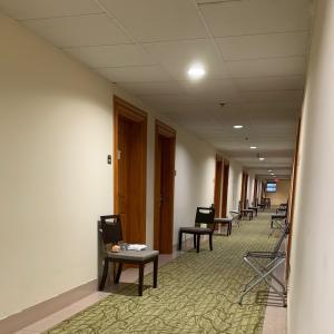 グアムの朝刊(2021.7.20):隔離ホテルの調達方法がグアムの法律に準拠していない