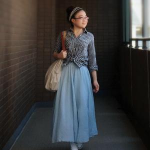 小柄コーデ 夏のさわやか水色ロングスカート