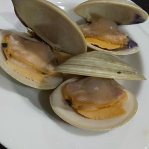 はまぐりの酒蒸し と 蒟蒻と里芋の煮物