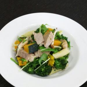 鴨とブロッコリーのサラダ