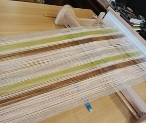 手織り教室moe 経糸を張り終わったところです