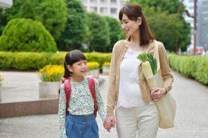 【教育】子供に勉強させたいなら親の背中を見せるべし!