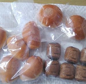 冷凍パン。