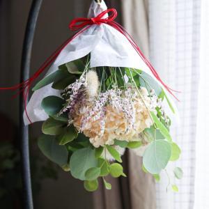 紫陽花で作る<花守り>作ってみました