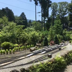 素敵な庭園で鉄道模型を楽しむガーデンレイルウェイ・カフェ。