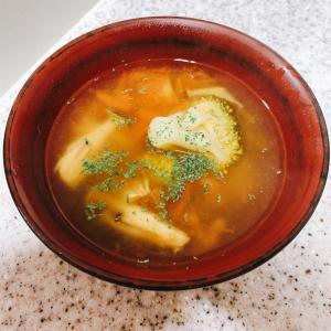 〜トマトときのこのコンソメデトックススープ〜管理栄養士のガサツ飯