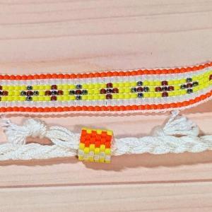 ビーズ織りブレスレット