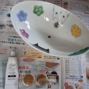お気に入りは、お直しして長く使いたい②(ФωФ)b【割れたお皿を、UVレジンで金継ぎっぽく補修して植木鉢に】