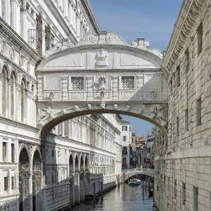 ・ 絵はパスし、ヴェネツィアの「ポンテ・デッラ・パーリア・藁の橋」あれこれ